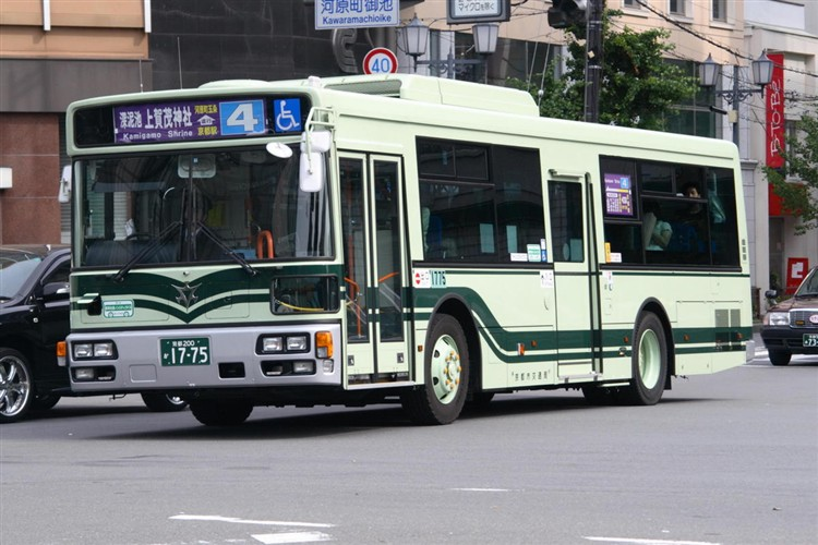 京都市バス 京都200か1775 三菱PDG-AA273KAN