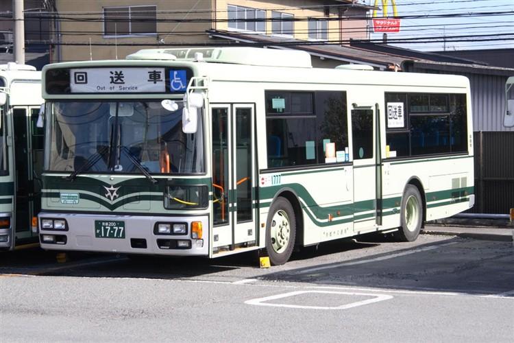 京都市バス 京都200か1777 三菱PDG-AA273KAN