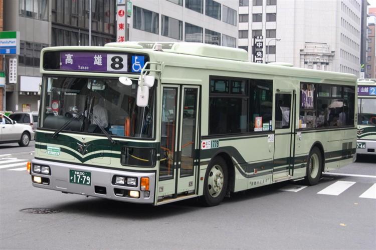 京都市バス 京都200か1779 三菱PDG-AA273KAN