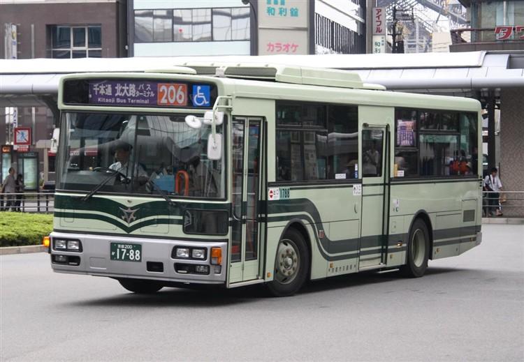 京都市バス 京都200か1788 いすゞPDG-LV234L2(ワンステ)