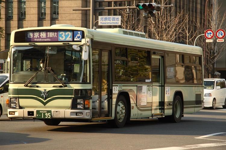京都市交通局 京都200か・195 いすゞKL-LV280L1