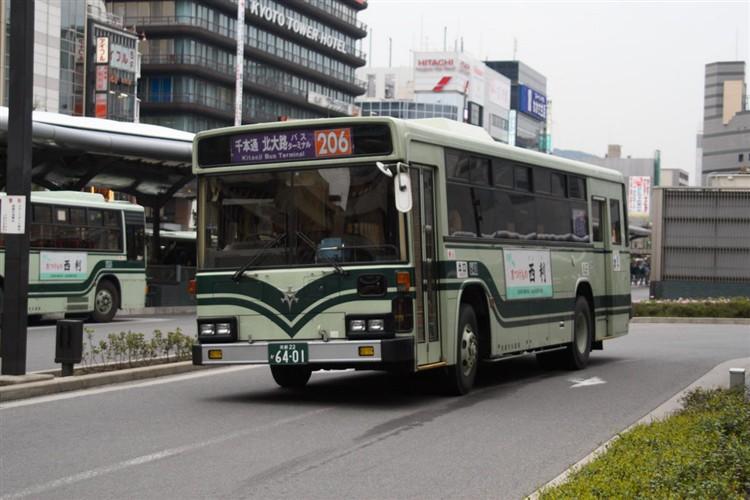 京都市バス6401 三菱KC-MP617K