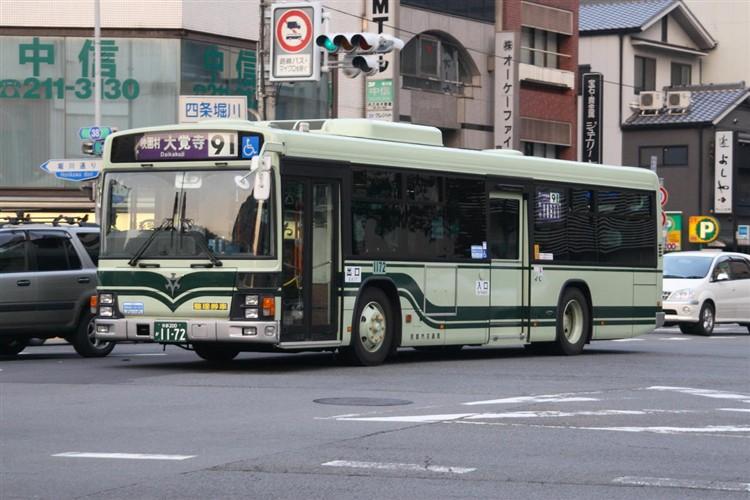 京都市バス 京都200か1172 いすゞPJ-LV234N1