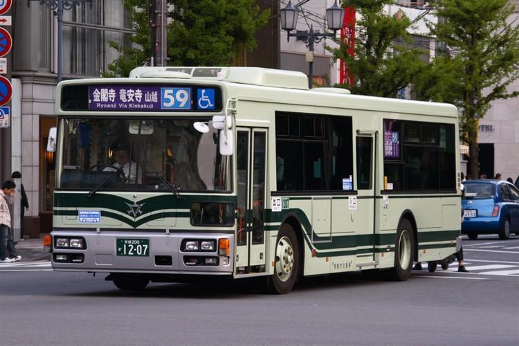 京都市バス 京都200か1207 いすゞPJ-LV234N1