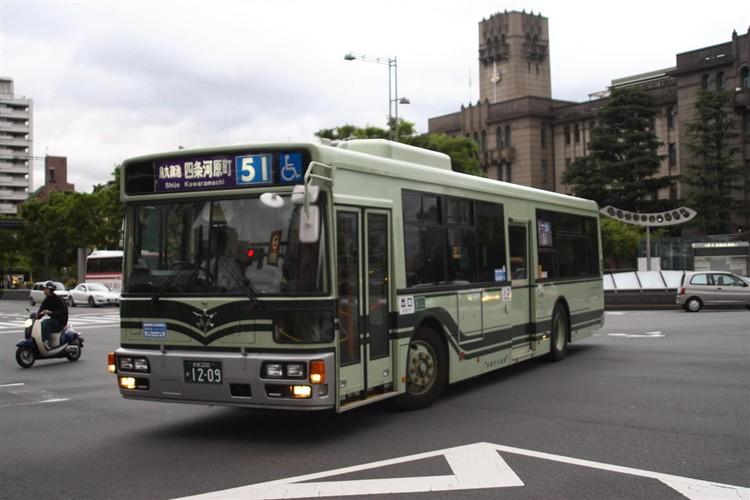 京都市バス 京都200か1209 いすゞPJ-LV234N1