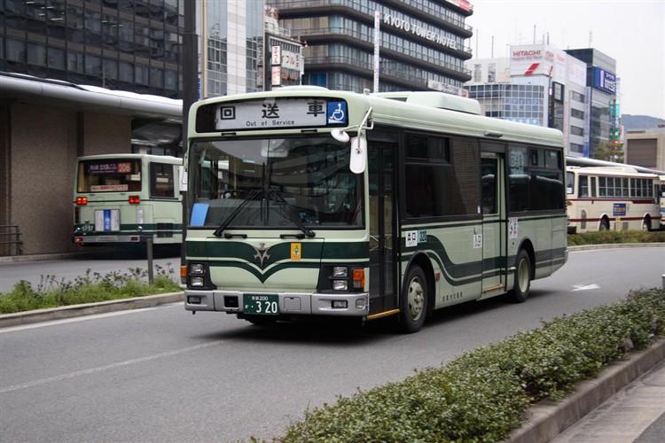 京都市交通局 京都200か・320 いすゞKK-LR233J1