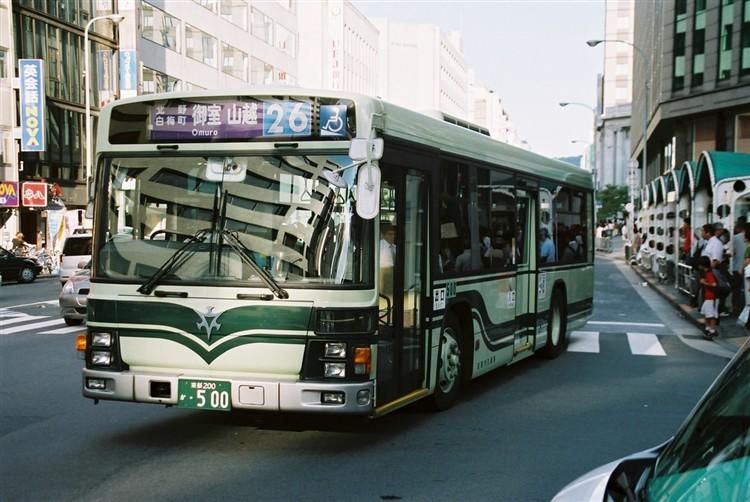 京都市バス 京都200か・500 いすゞKL-LV834L1