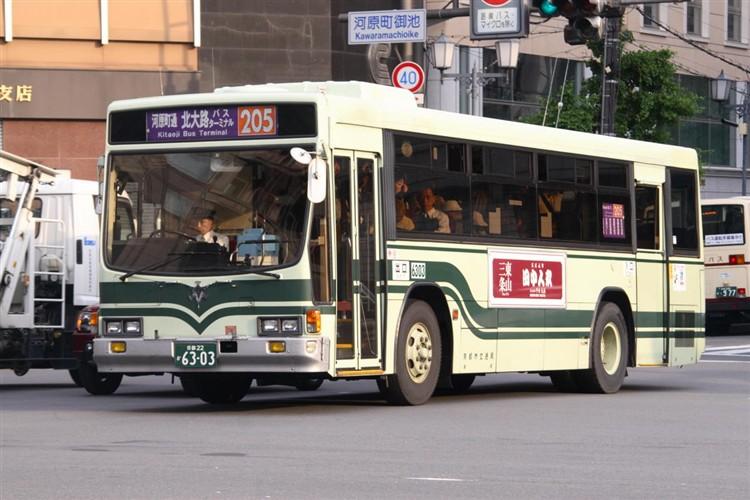 京都市交通局6303 いすゞKC-LV280N