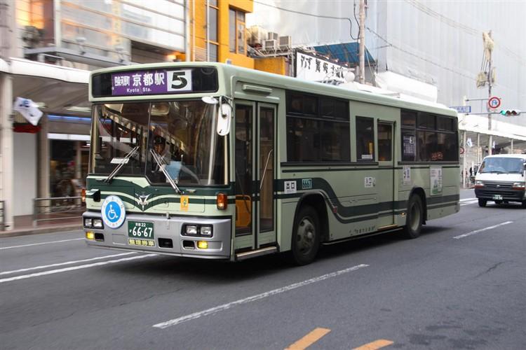 京都市バス6667 日デKC-UA460HAN改