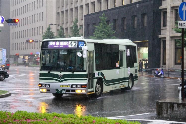 京都市交通局 京都200か・710 三菱KK-MJ27HL