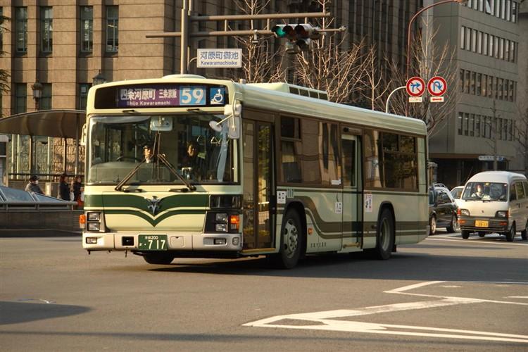 京都市交通局 京都200か・717 いすゞKL-LV834L1