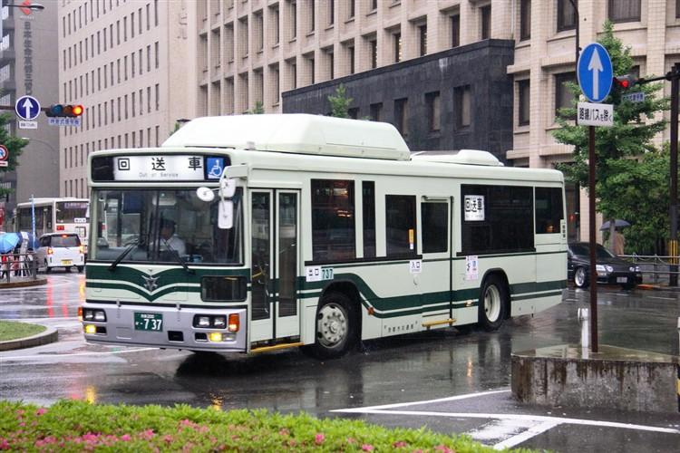 京都市交通局 京都200か・737 日デKL-UA272KAM改(CNG車両)