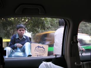 車窓から 少年