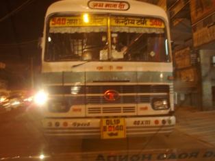 接触事故 バス