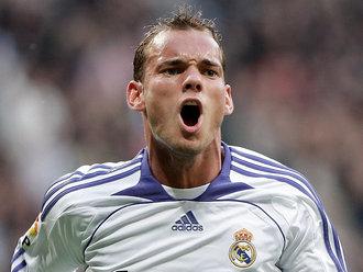 Wesley_Sneijder_La_Liga_Real_Madrid_Murcia_784334.jpg