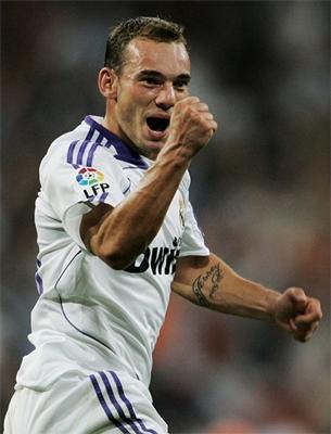 wesley-sneijder-425_R.jpg