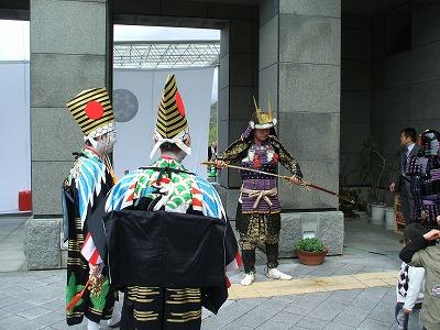 尾崎知事と千歳と黒木尉