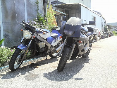 NSR250とFZR400RR