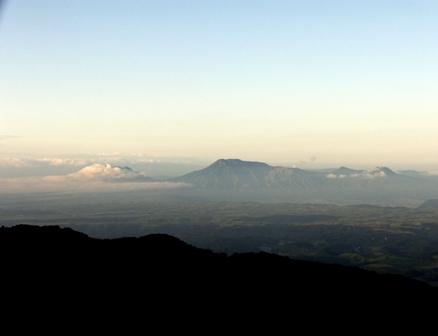 沓掛山から阿蘇五岳P1010809