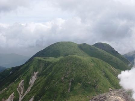 星生山から三俣山P1010928