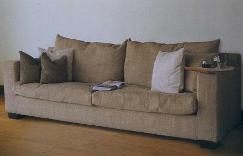 ファブリックのソファ