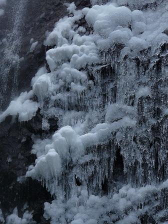 白猪の滝 3