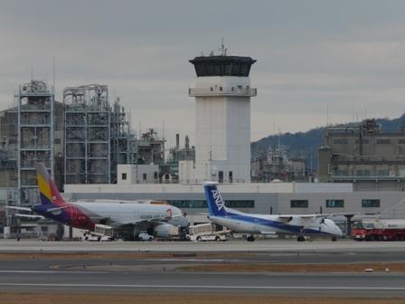 アシアナ航空・A321-131 & ANA・ボンバルディアDHC8-Q400