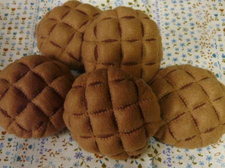 フェルト手芸 定番パン ココアメロンパン