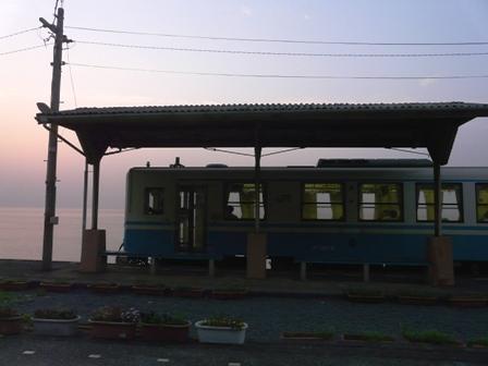 下灘駅 キハ32形 1