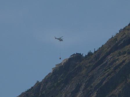 石鎚スカイラインから ヘリコプター 3
