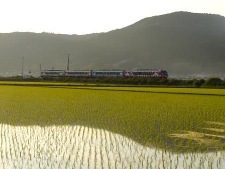 2000系特急気動車 アンパンマン列車 1