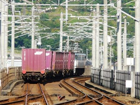 貨物列車 (EF65) 3