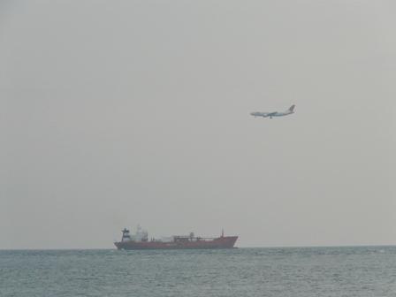 船と飛行機