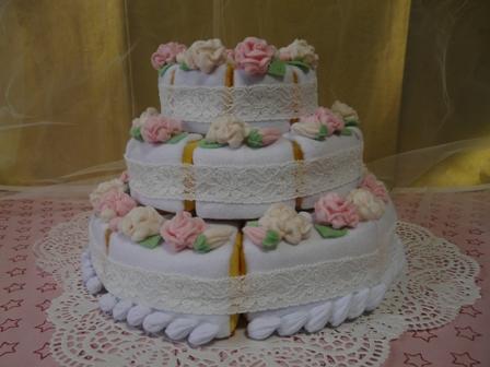 フェルト手芸 ウェディングケーキ 3段 2