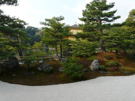 金閣寺 方丈から見た金閣