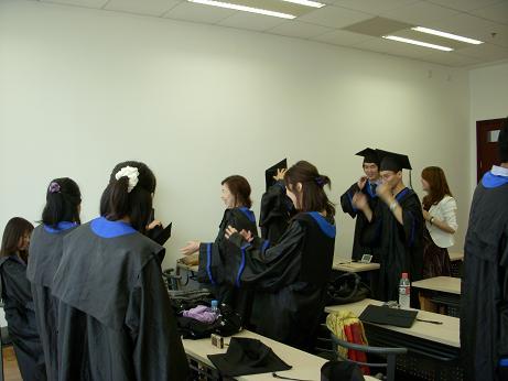 8期卒業式準備