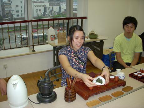 写真9:ミルク烏龍茶