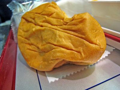 090118_機内食のパン…。