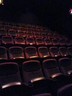 1人映画館