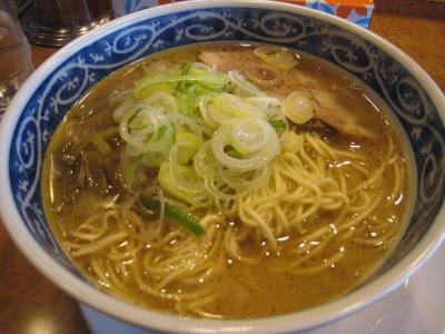 麺屋八醤油ラーメン