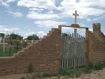 タオス・墓