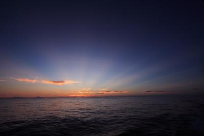 2008年9月-小笠原丸からの日の入り