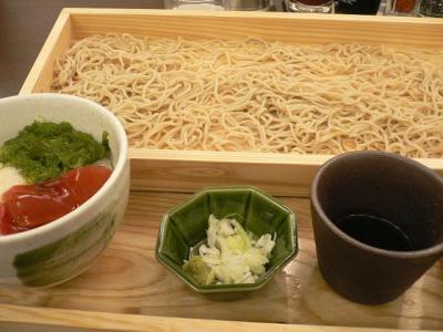 めかぶとろろづけ丼と板蕎麦のセット