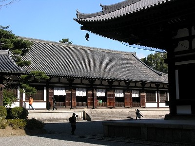 唐招提寺講堂を望む20091231