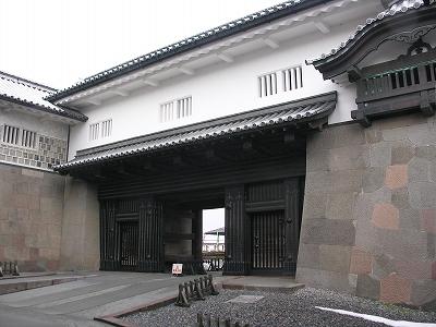 金沢城・石川門8-20100220