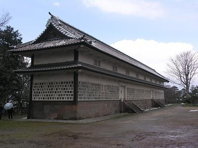 金沢城・三十間長屋3-20100220