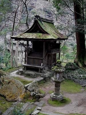 石山寺境内の社20101230