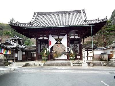 石山寺東大門20101230