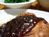 鶏ムネ肉の赤ワイン煮。