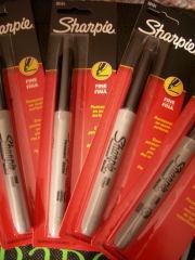 sharpieのペン4本5ドル